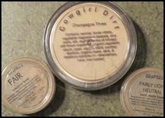 Ingredients list on Everyday Minerals Foundation Samples and Cowgirl Dirt Foundation