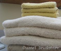 folded-towels-2